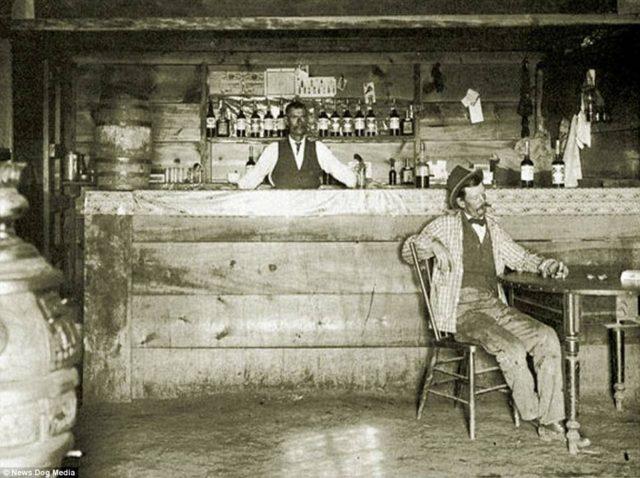 19th century saloon